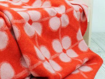 """Дизайнерское шерстяное одеяло """"Красные фиалки"""""""